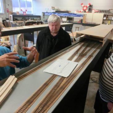 2014-05-09: Op bezoek bij het spoor