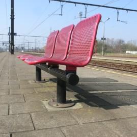 2014-03-12: Zitbank station Lier